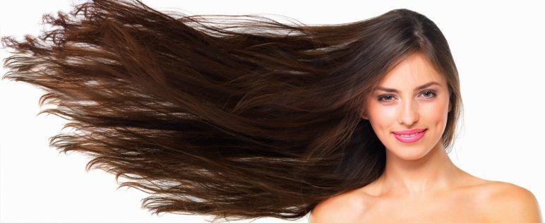 cabello liso con cepillo