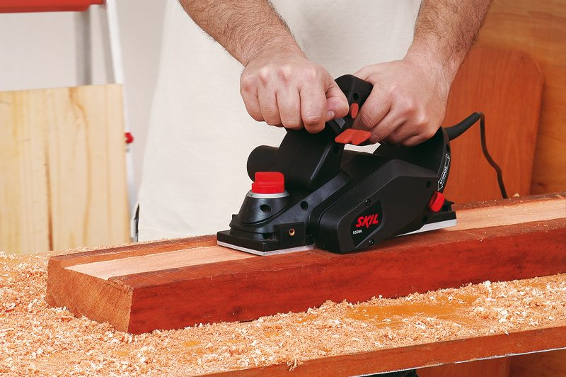 cepillo para madera electrico