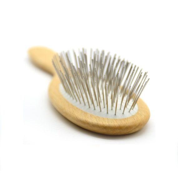 cepillo con puas metalicas